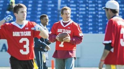 Super Bowl heroes pitch in for heart health during flag football game in Annapolis