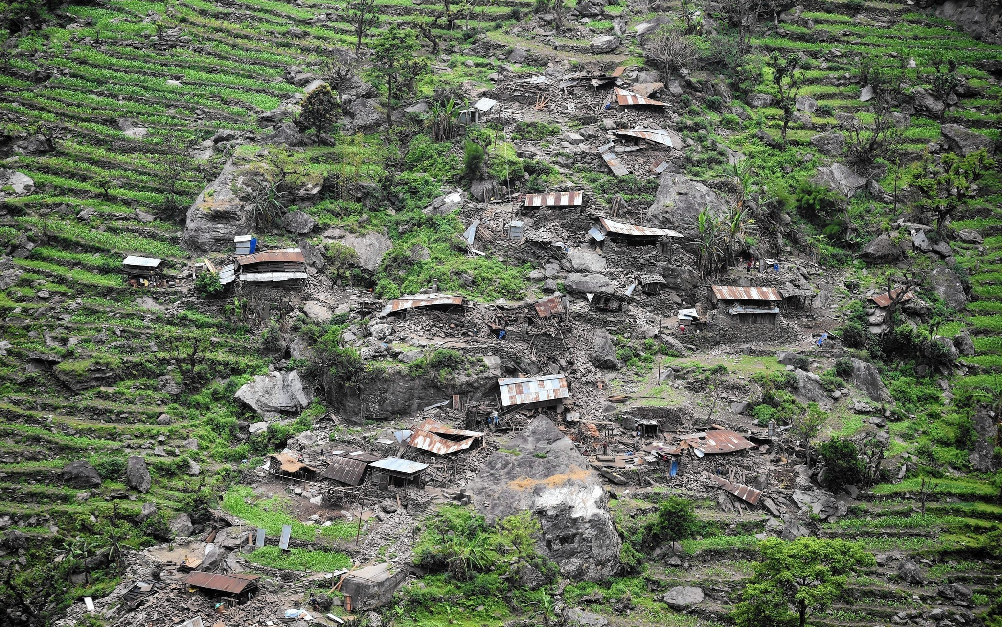Nepal mountain village is spared death but not destruction in quake ...