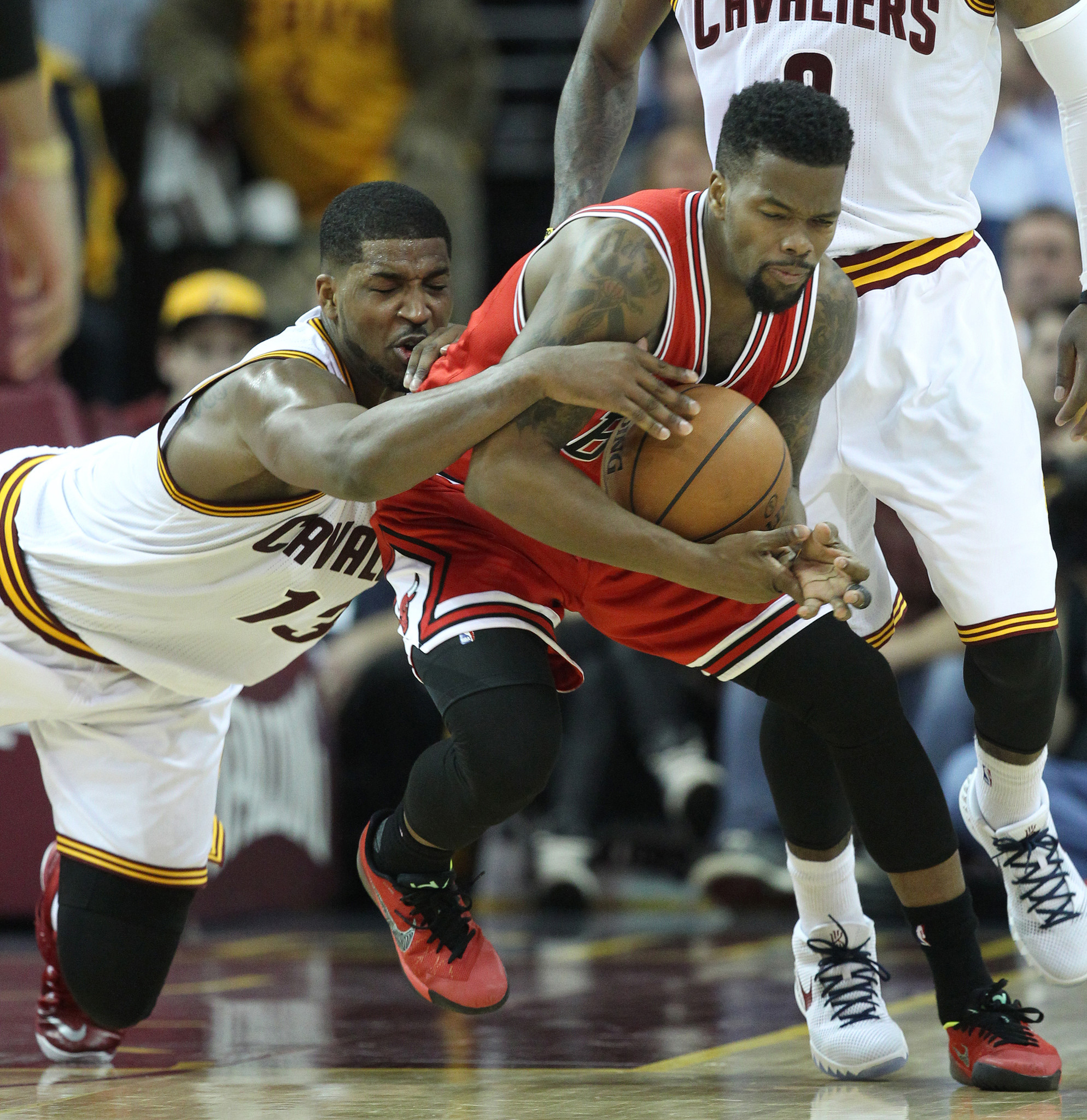 3-pointers: Breaking down Bulls' Game 1 win over Cavaliers