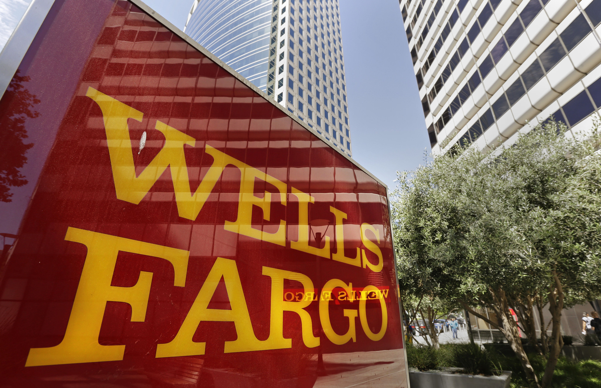 how to get a savings account with wells fargo