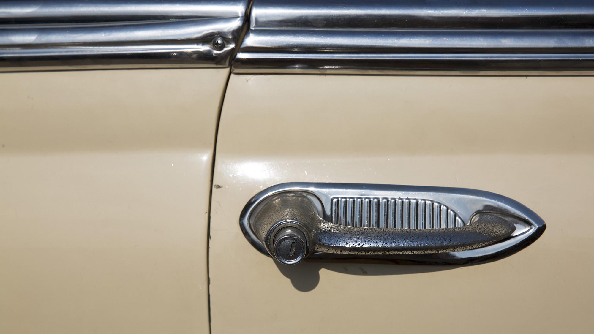 vintage car door handle. Vintage Car Door Handles Cuba Cars - Los Angeles Times Handle
