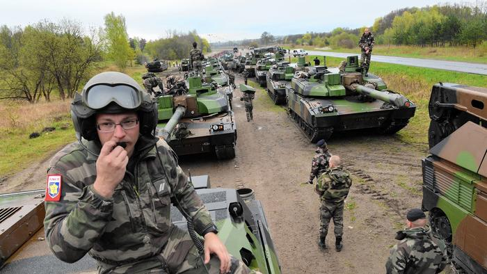 France takes part in NATO exercises