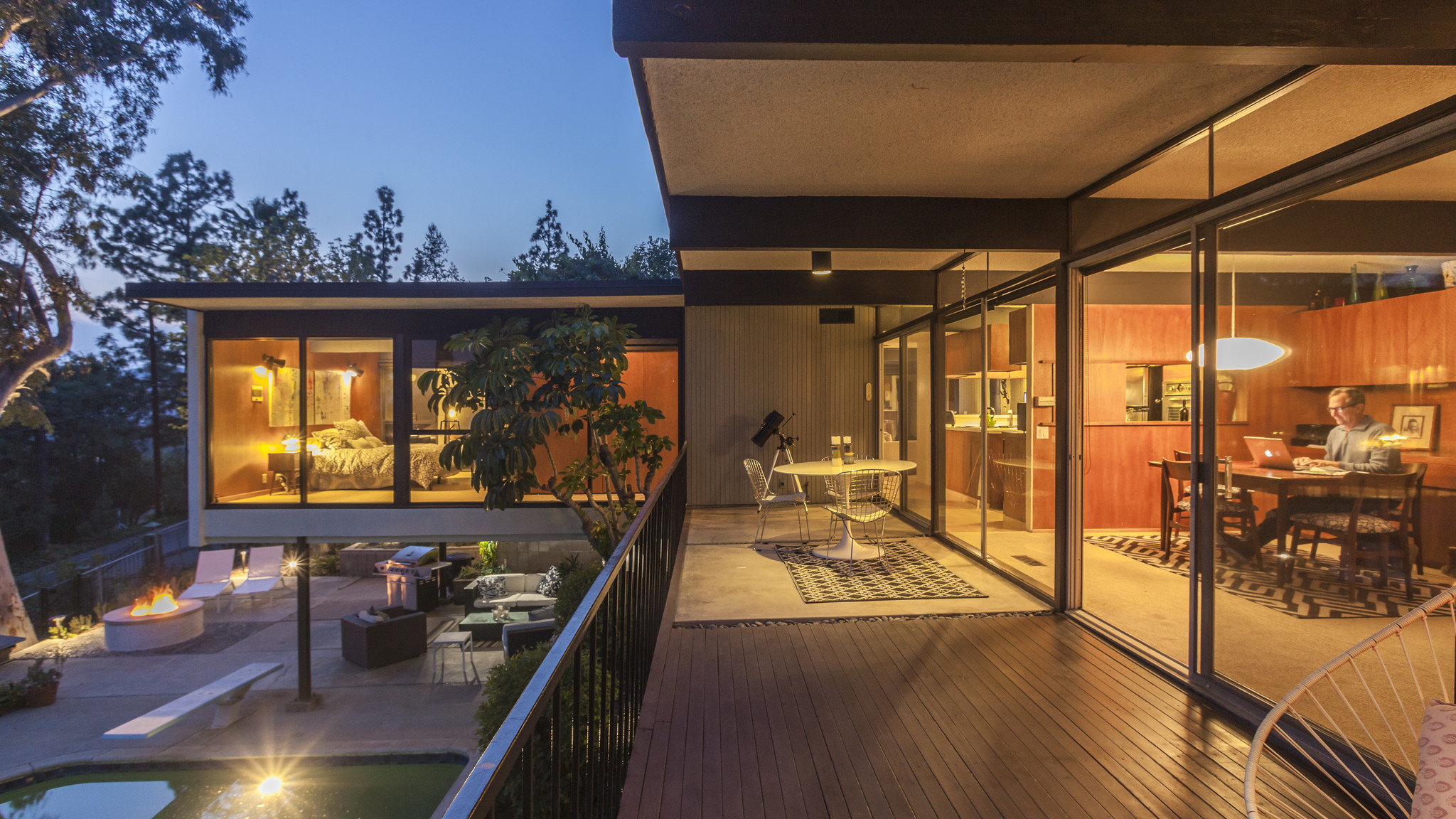 Home Of The Day Cantilevered Post And Beam In La Ca 241 Ada
