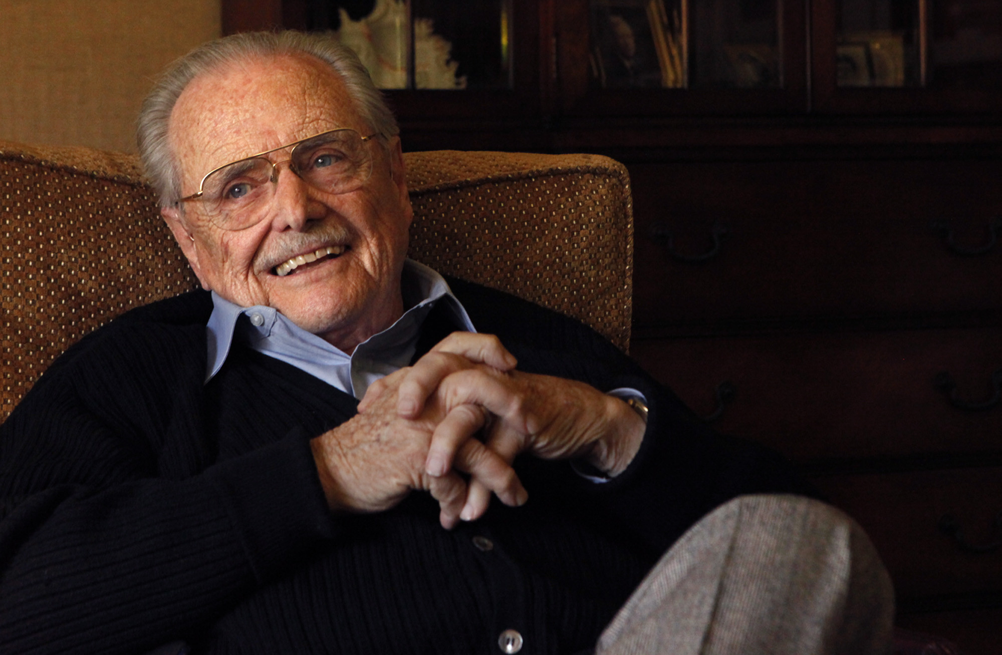 In 'Girl Meets World,' William Daniels reprises Mr. Feeny - LA Times
