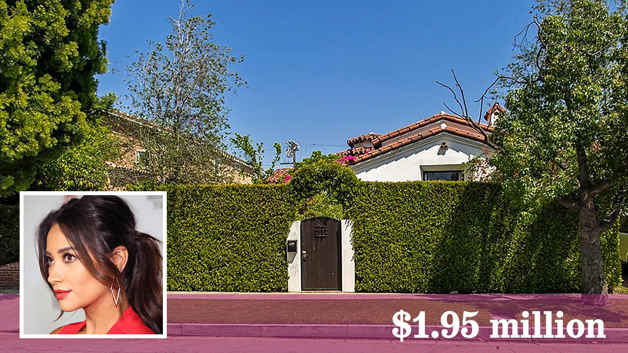 Buyer pays a pretty penny for actress shay mitchell 39 s for Mitchell s fish house