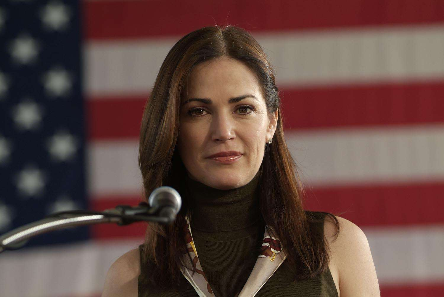 'NYPD's' Kim Delaney stands to make a killing in Beverly ...