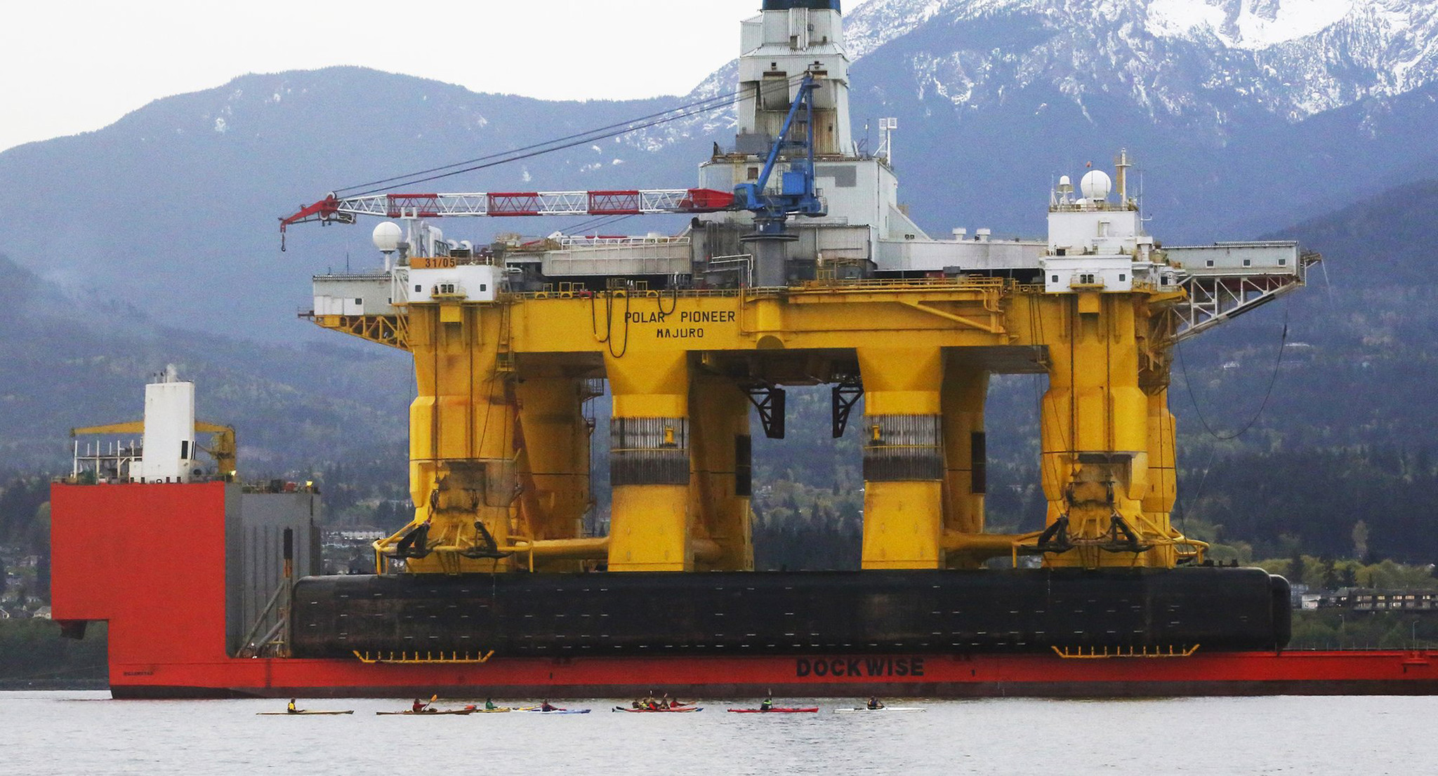 arctic oil drilling essay 2015-6-8 as the us and russia take the first steps to drill for oil and gas in the arctic ocean, experts say the harsh climate, icy seas, and lack of infrastructure means a sizeable oil spill would be very difficult to clean up and could cause extensive environmental damage.