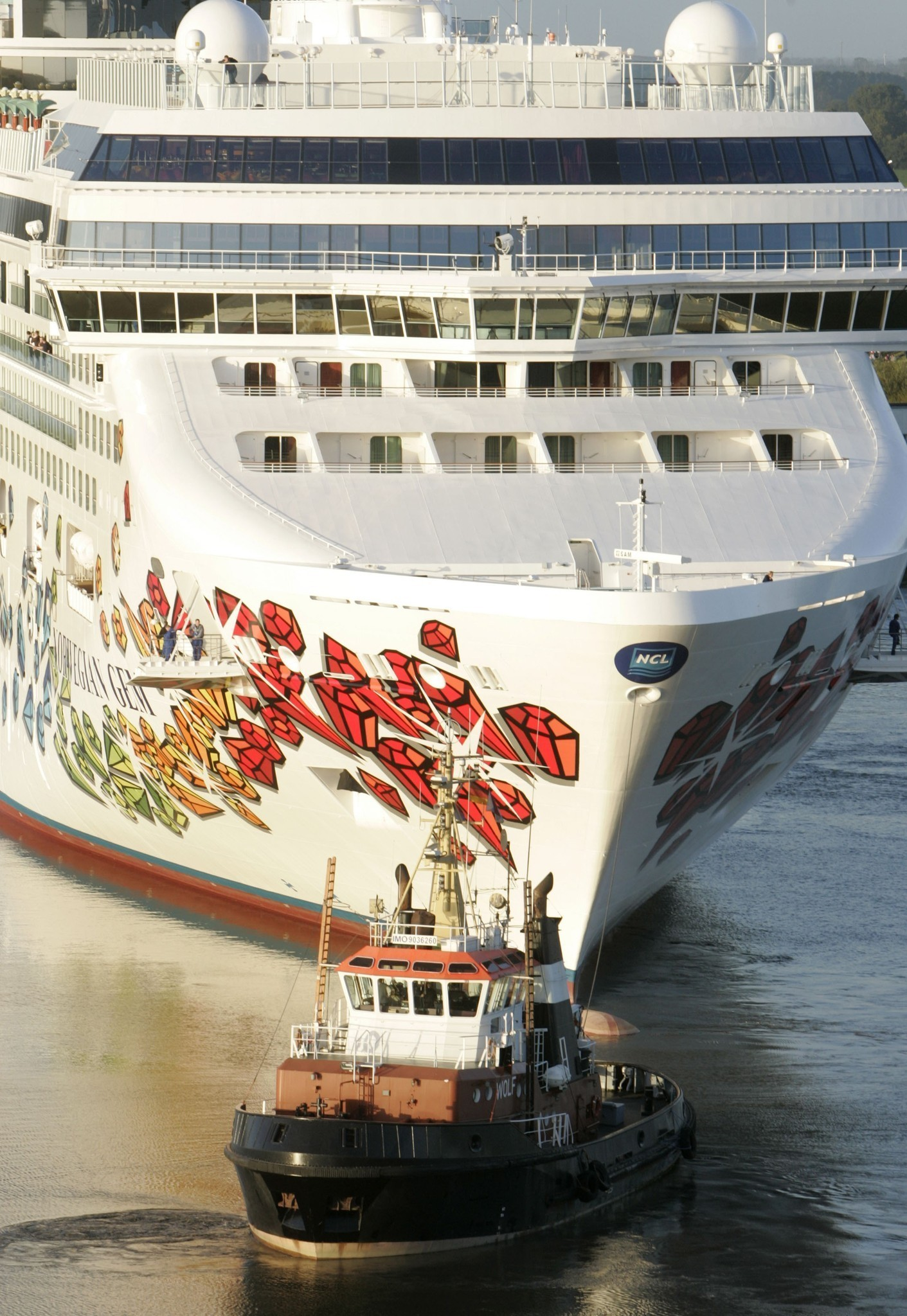 Yearold Girl Drowns In Pool Aboard Cruise Ship Orlando Sentinel - Cruise ship drowning
