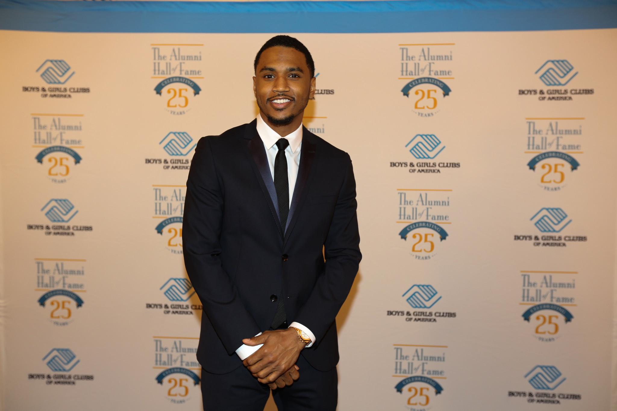 Denzel Washington, LeBron James Show Support for Boys ...