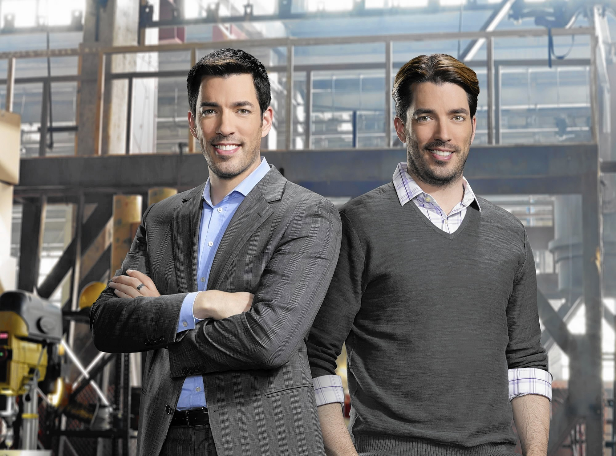 Drew scott of hgtv 39 s 39 property brothers 39 is an outlet Who are the property brothers