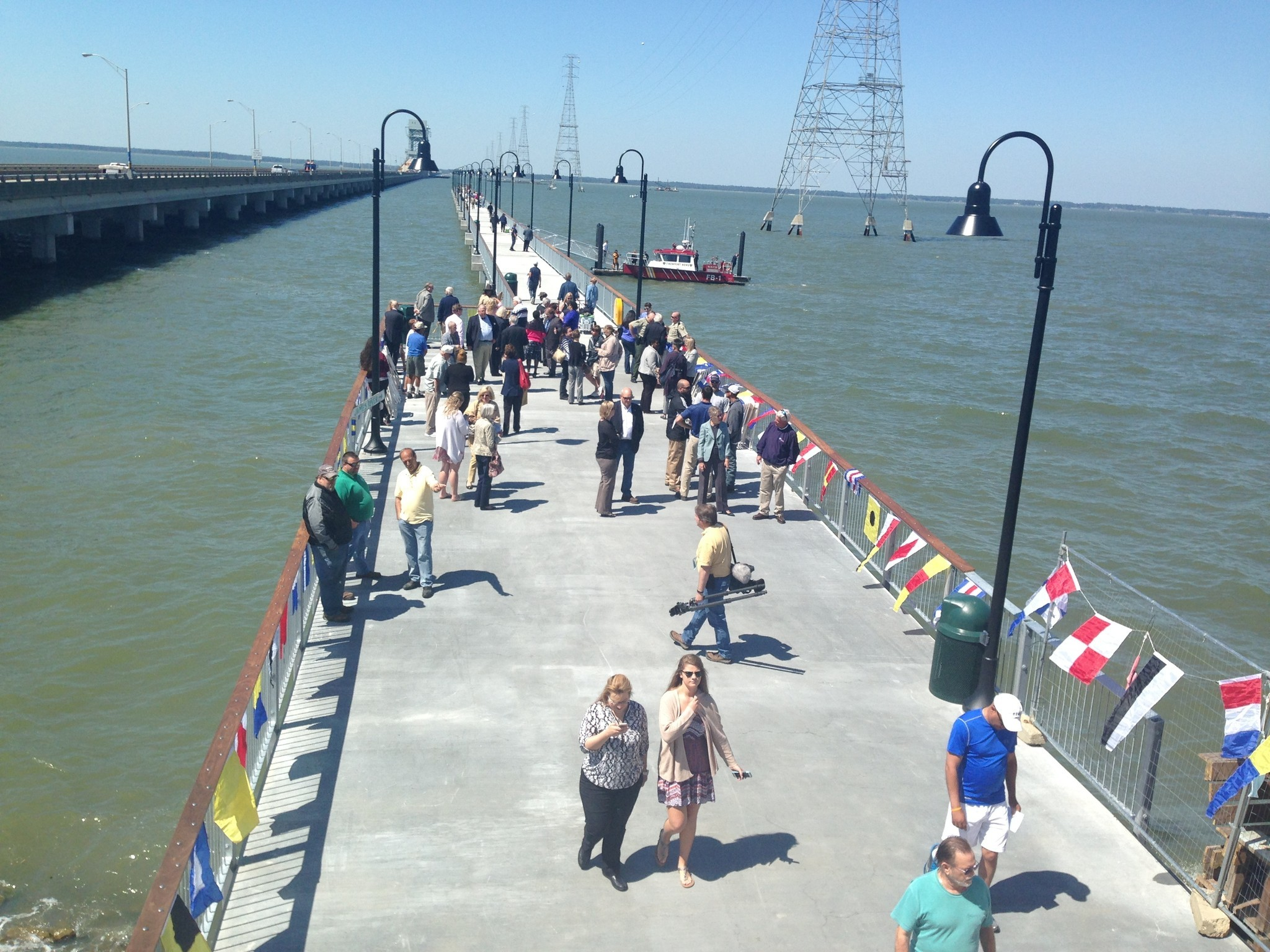 New james river fishing pier opens in newport news daily for Fishing in williamsburg va