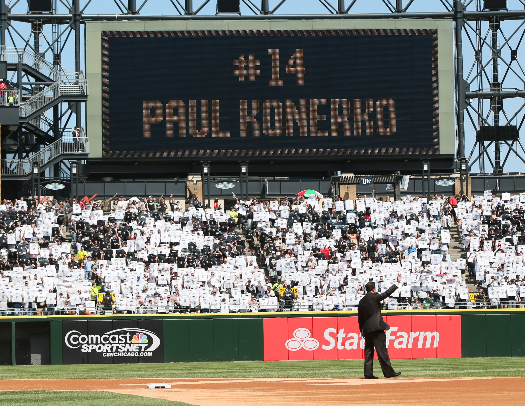 Konerko's Chicago legacy more than just numbers