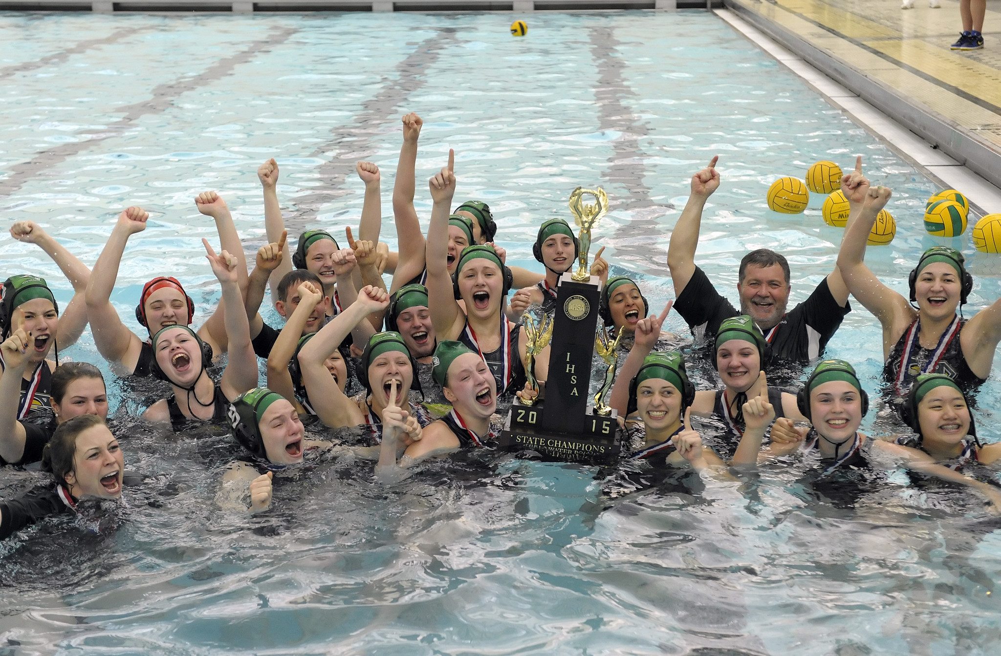 Girls Water Polo Stevenson Finishes Undefeated Wins