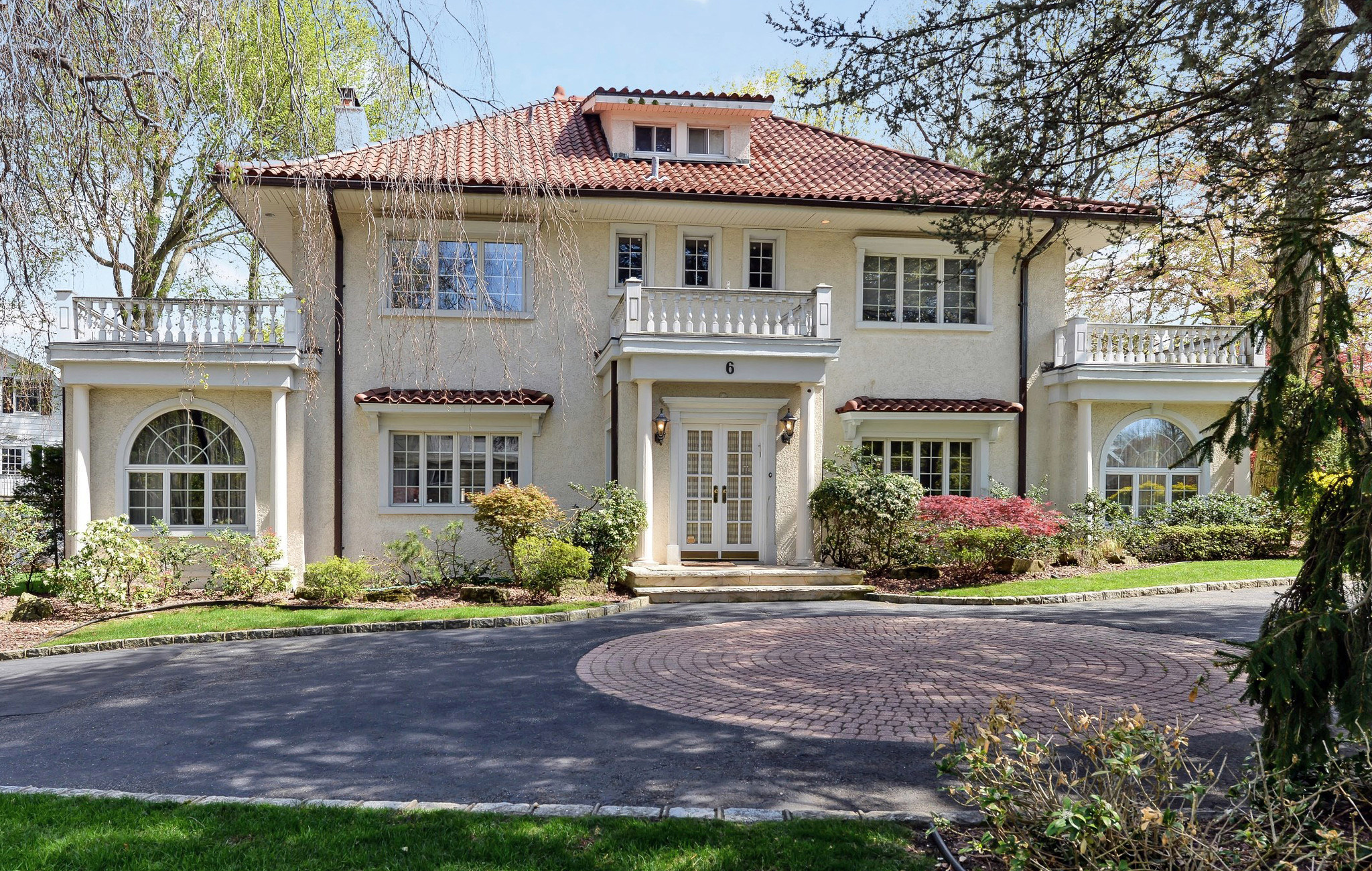 F scott fitzgerald 39 s 39 gatsby 39 house for sale for 3 9 for Long island estates for sale
