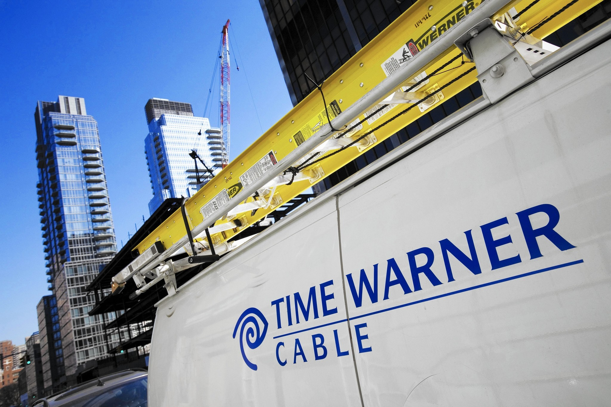 Charter nears $55-billion deal to buy Time Warner Cable