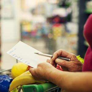 Interactive: Make a personalized shopping list for hurricane preparedness