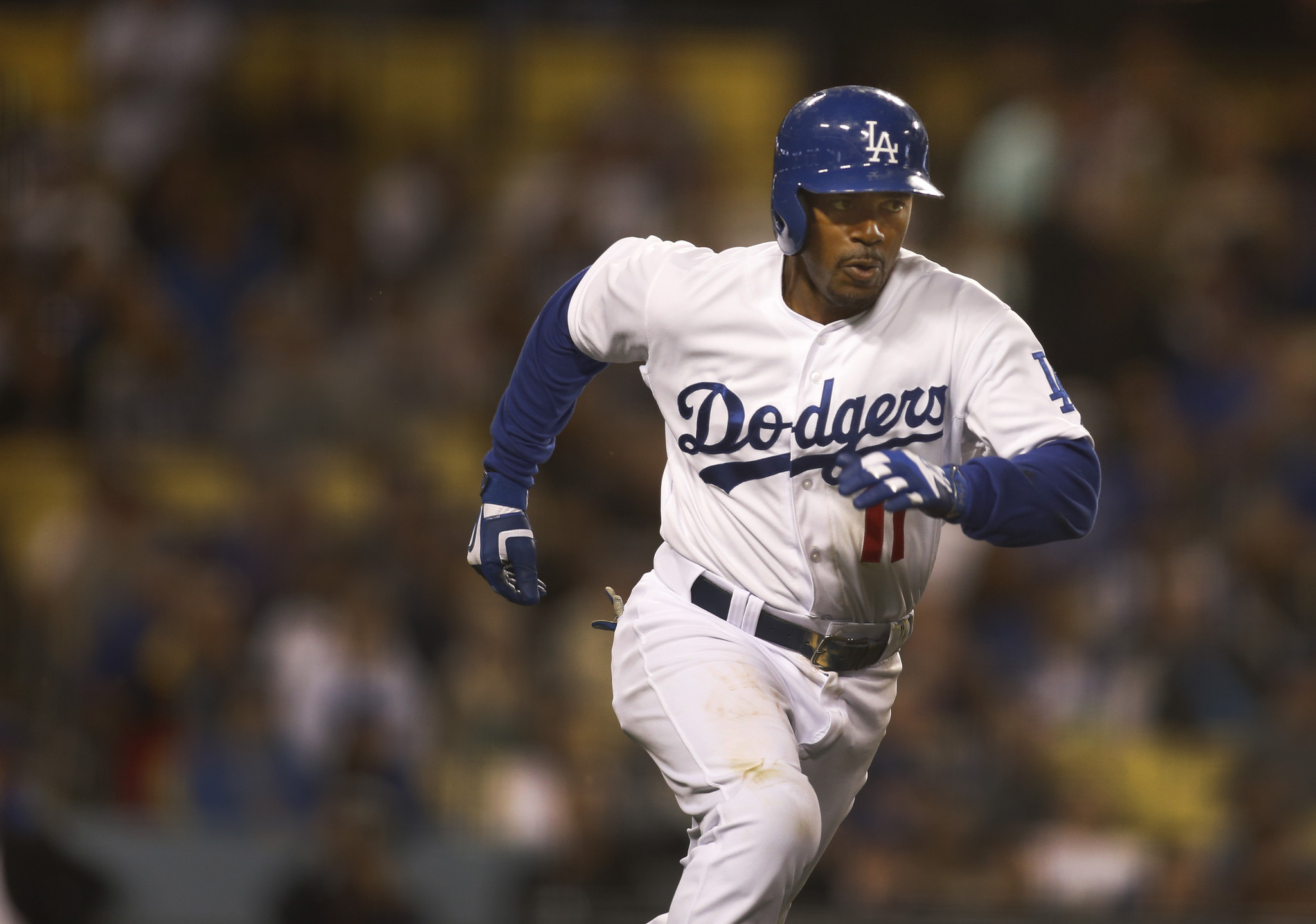 Charter to offer Dodgers TV channel as it moves to buy Time Warner Cable