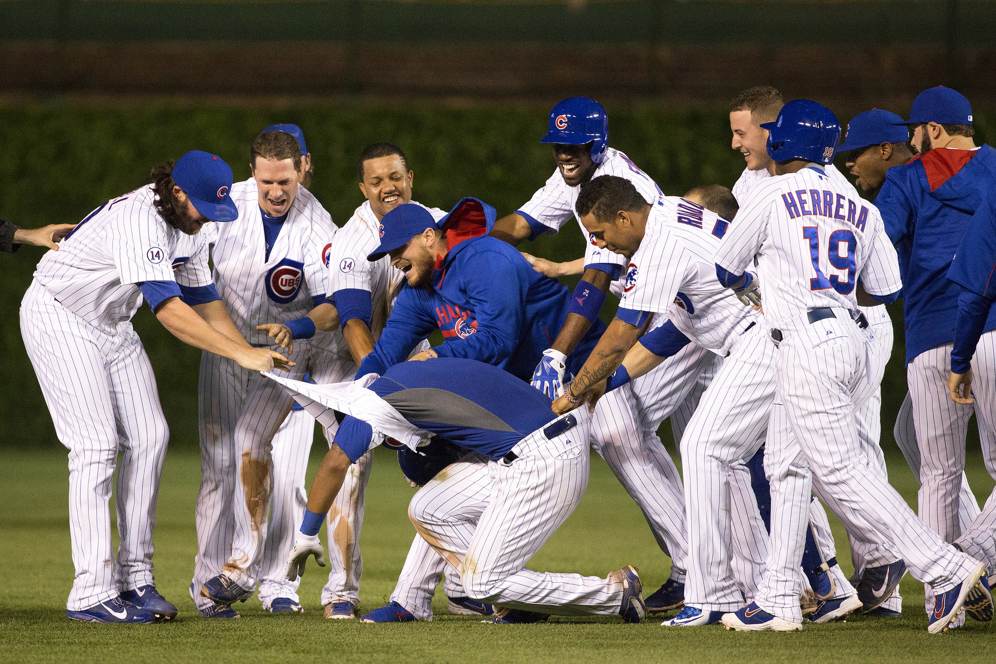 Cubs Addison Russell, Kris Bryant step up against  ~ Wand Tv Cubs