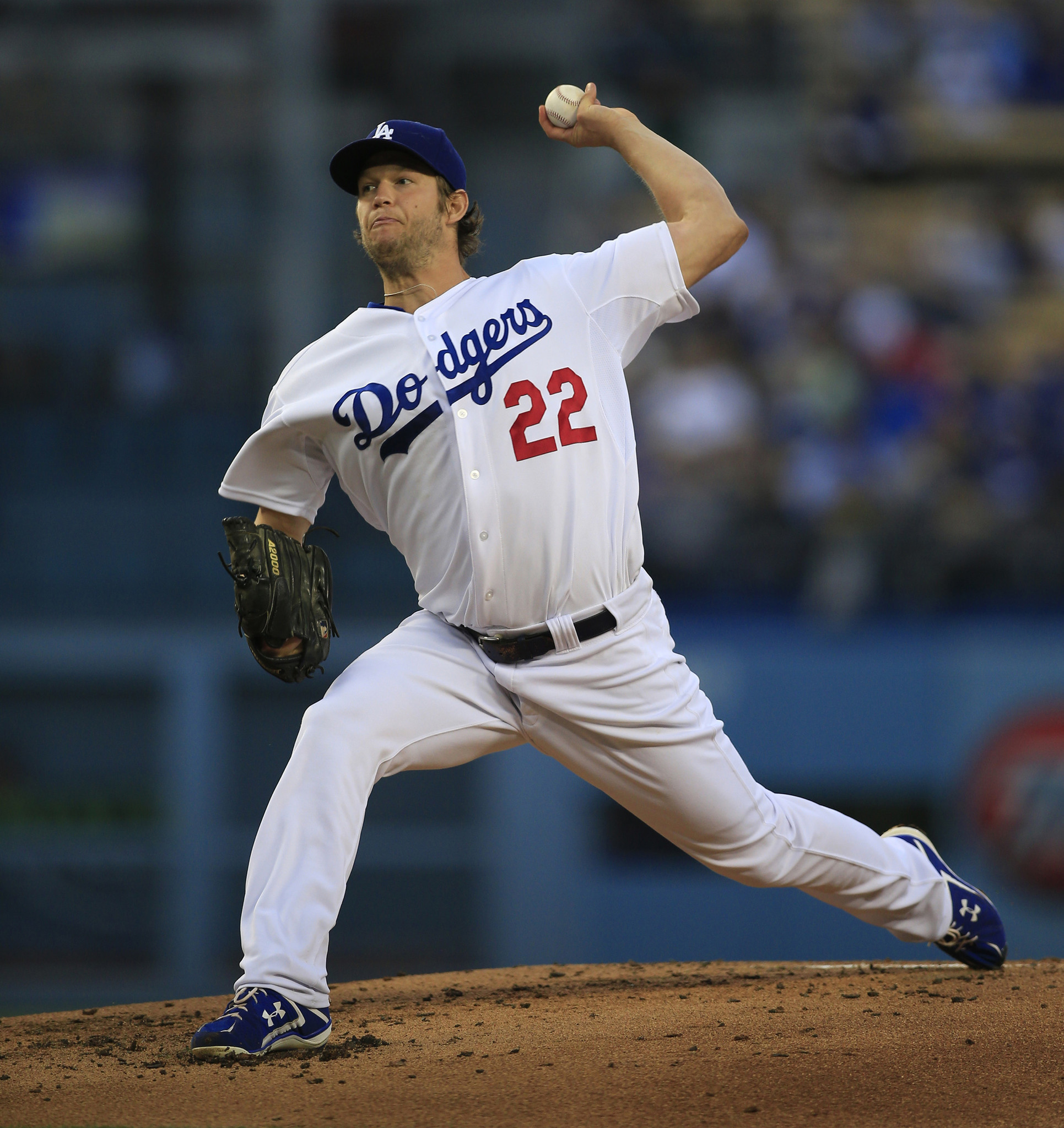Recognize this? Clayton Kershaw dominates in Dodgers' 8-0 win