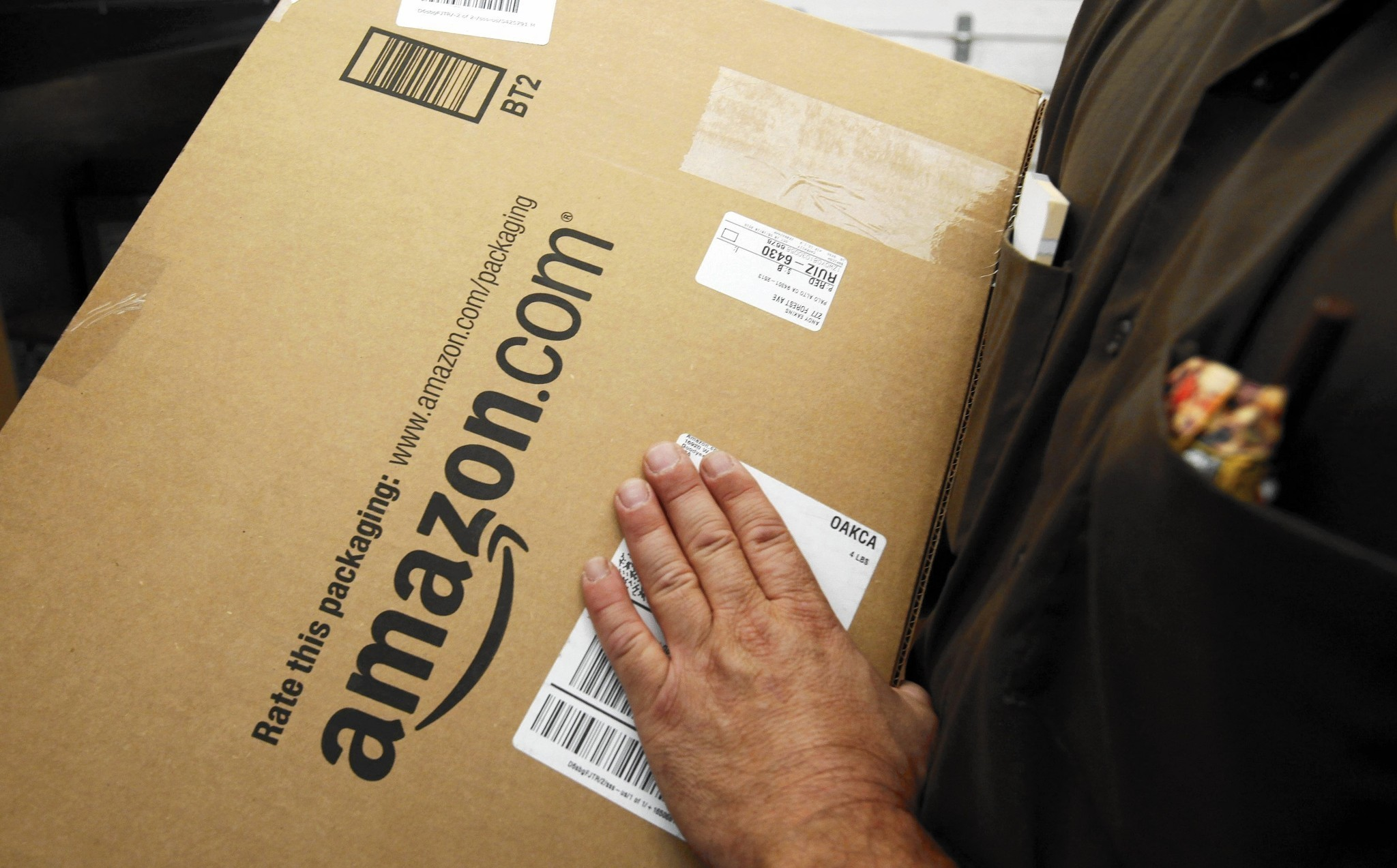 Amazon rolls out free same-day delivery
