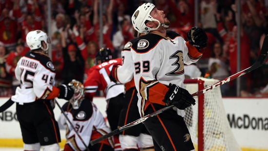 Ducks-Blackhawks Series Comes Down To One For The Money