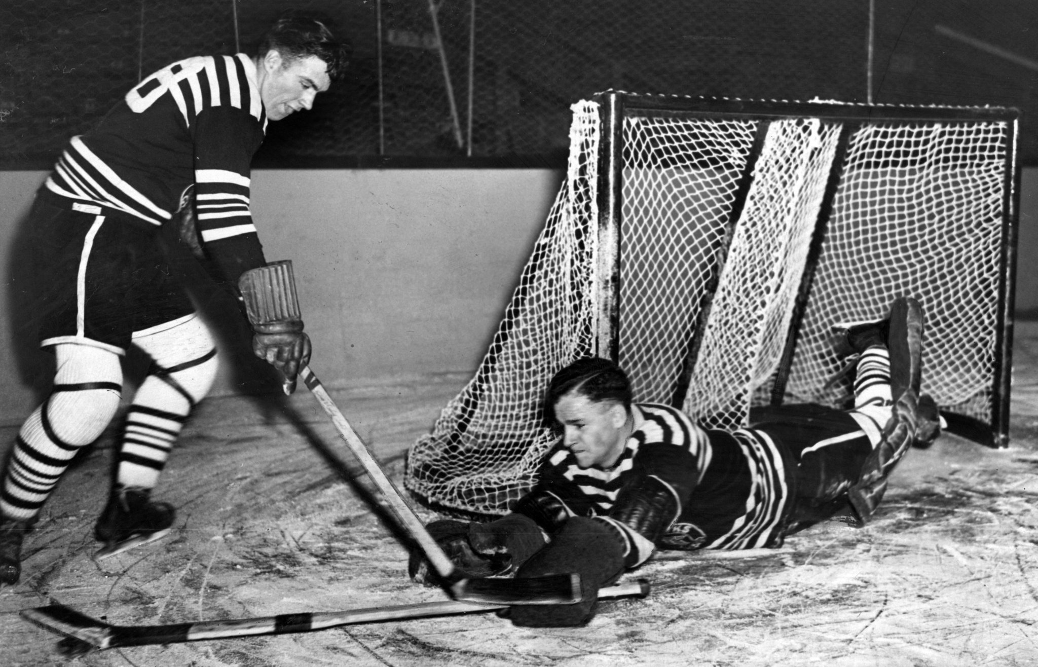 Goalie who lifted Blackhawks to 1934 Stanley Cup died two months later -  Chicago Tribune a785ddbb2