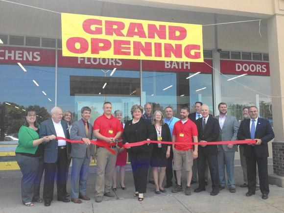 Bargain Outlet Store Opens In East Hartford Conn Ctnow