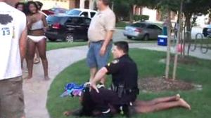 Texas officer suspended after aggressively confronting teens at pool party