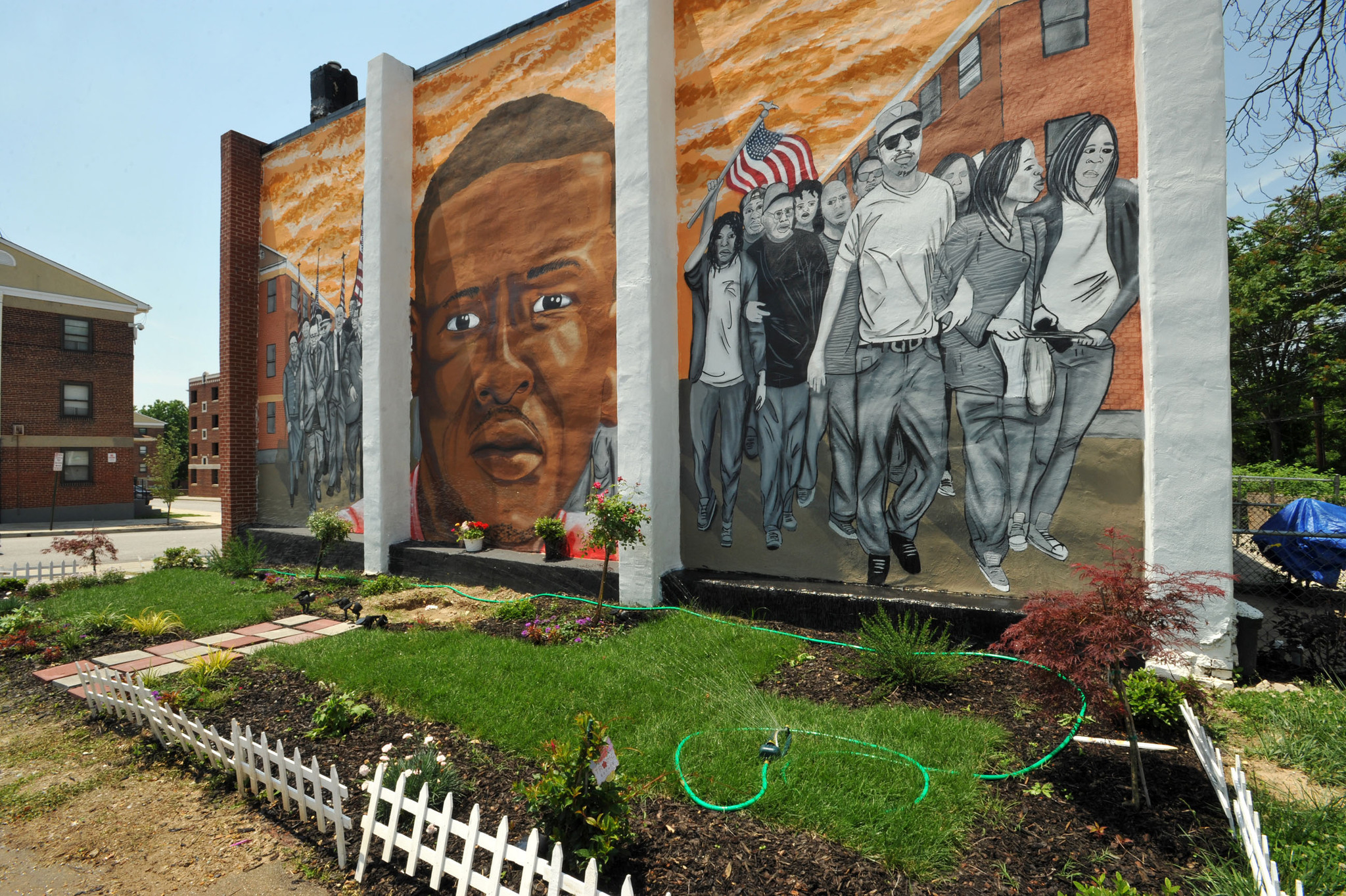 After freddie gray unrest activists hope to transform sandtown after freddie gray unrest activists hope to transform sandtown winchester with murals gardens baltimore sun amipublicfo Choice Image