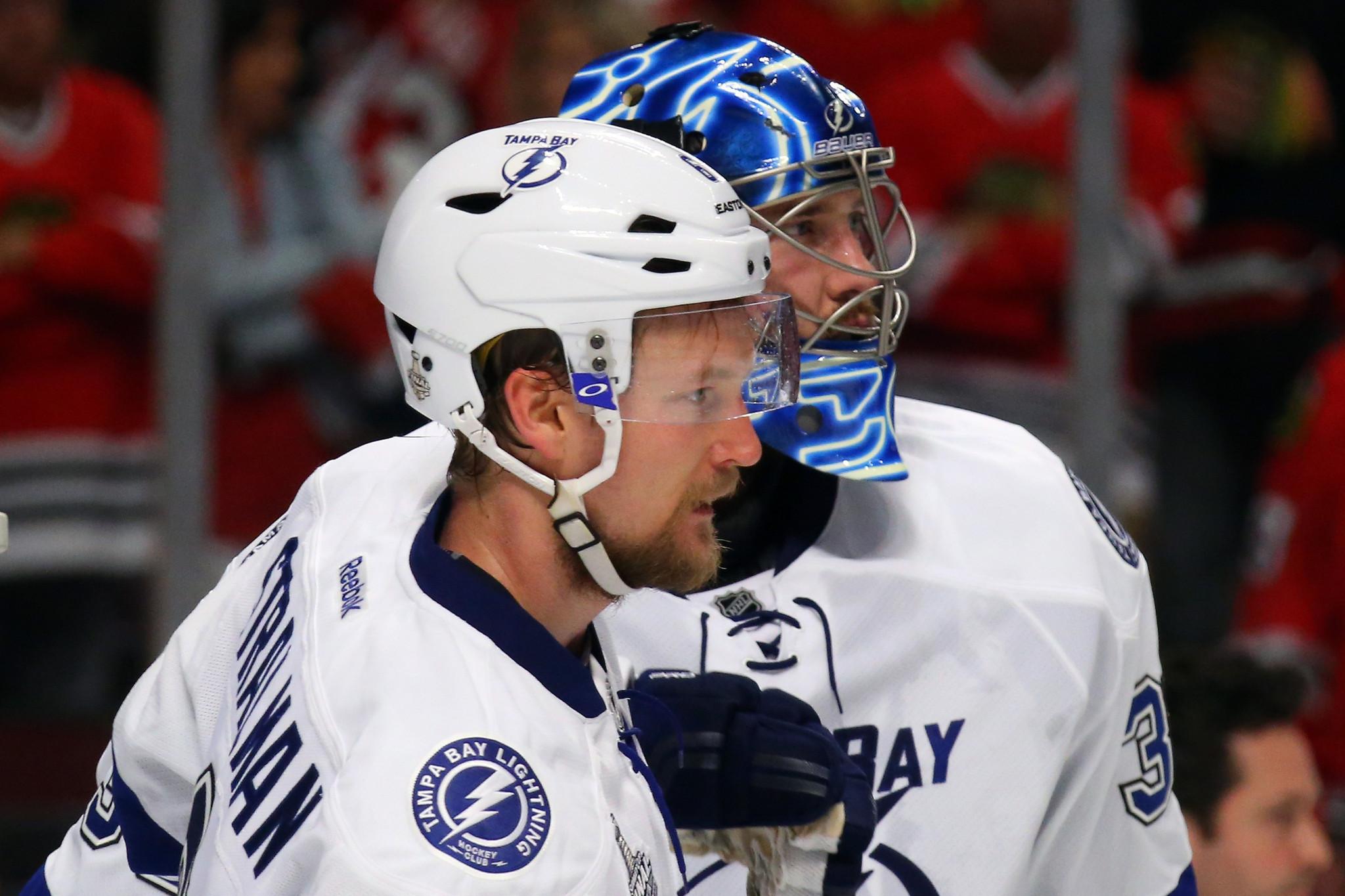 Ben Bishop Helps Lightning Take Control Of Series With Blackhawks