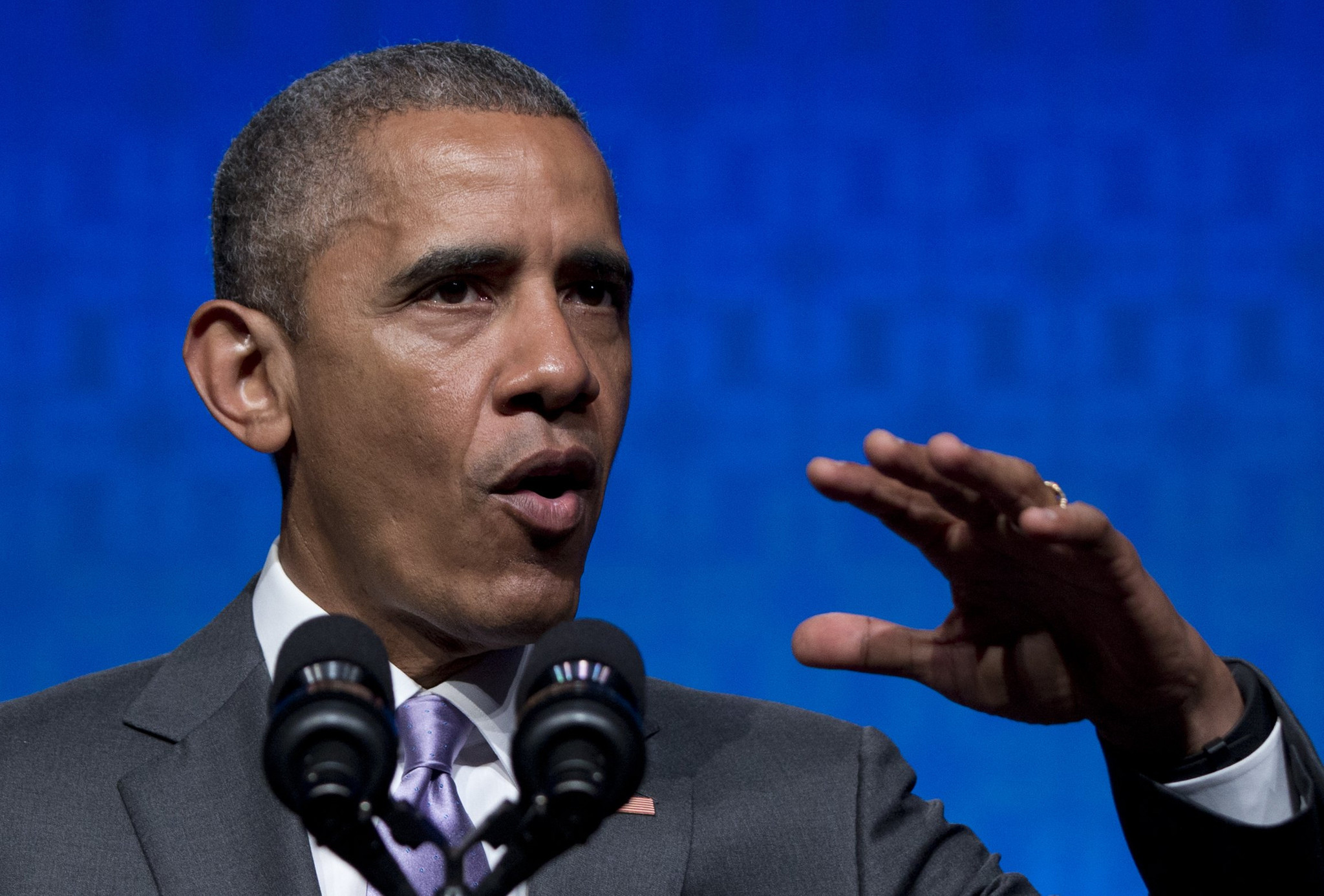 overtime pay debate pits businesses against obama chicago tribune