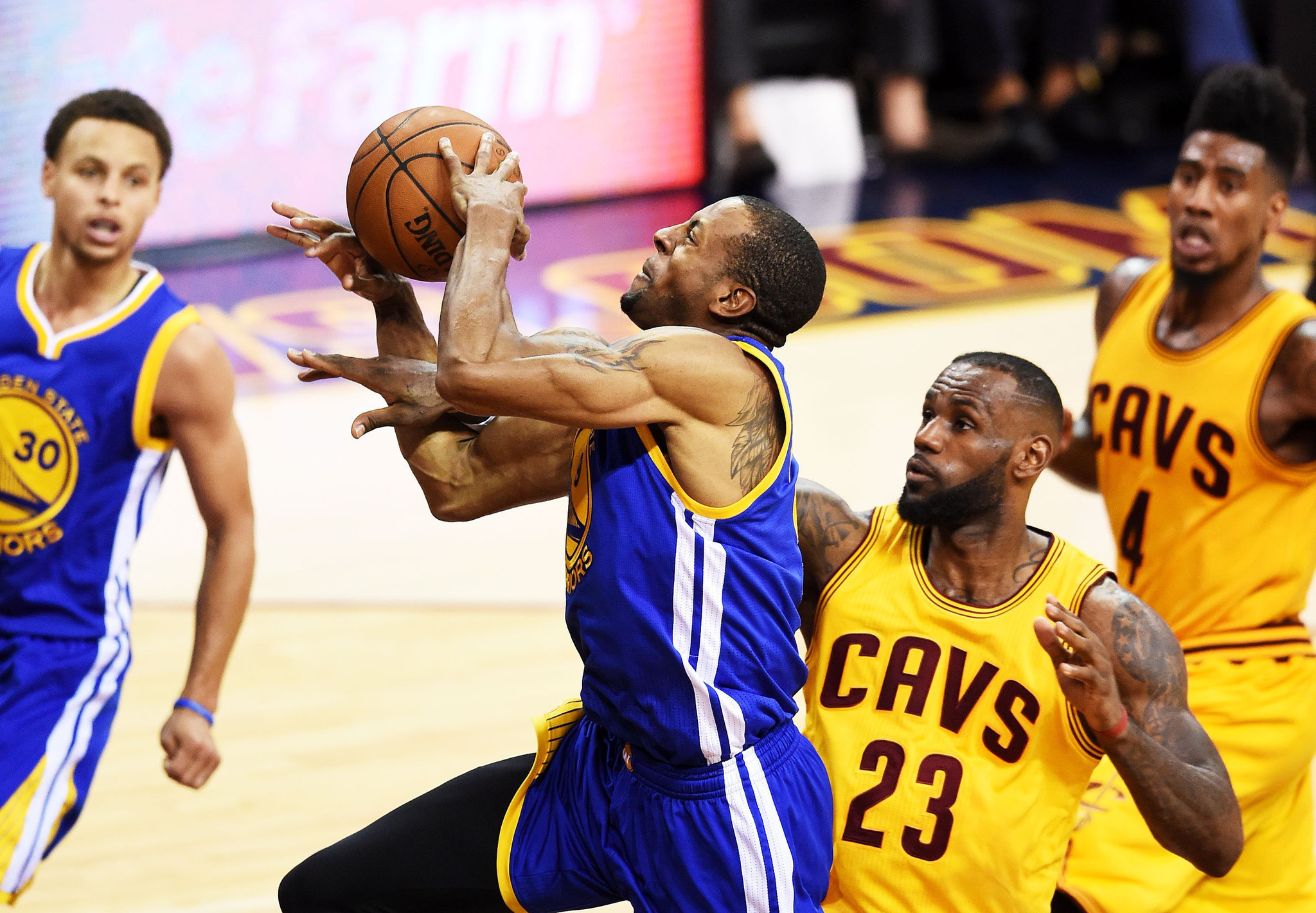 Warriors defeat Cavaliers, 103-82, in Game 4 to even NBA ...