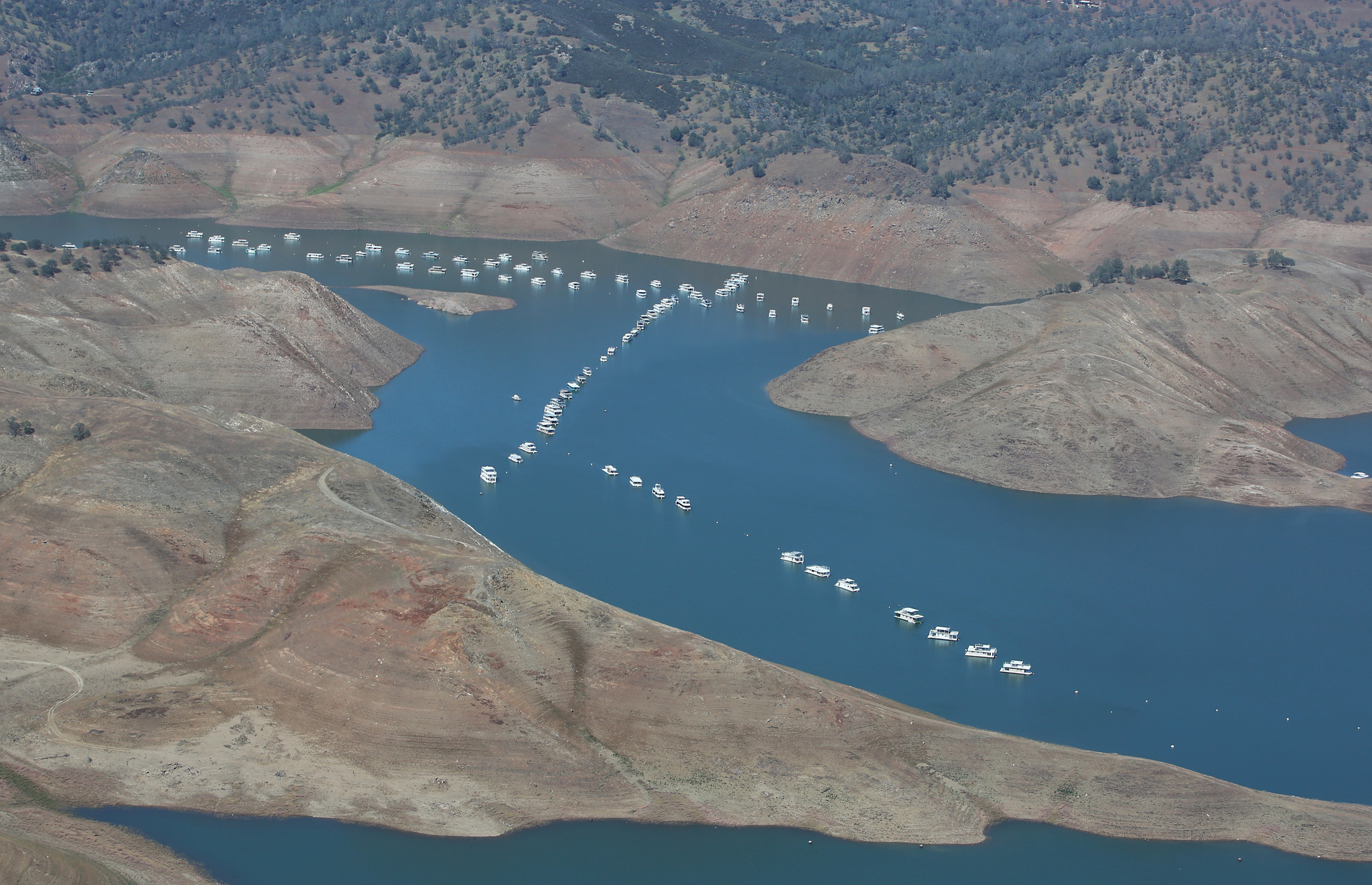 http://www.trbimg.com/img-557b2487/turbine/la-me-ln-drought-water-rights-20150612-001