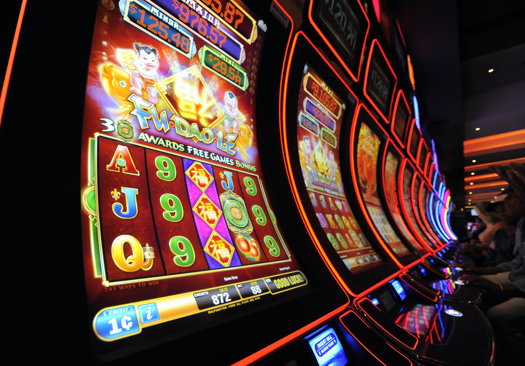 Casino controls jackpot payouts groverner casino