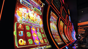 Casinos seek to lower minimum slots payouts