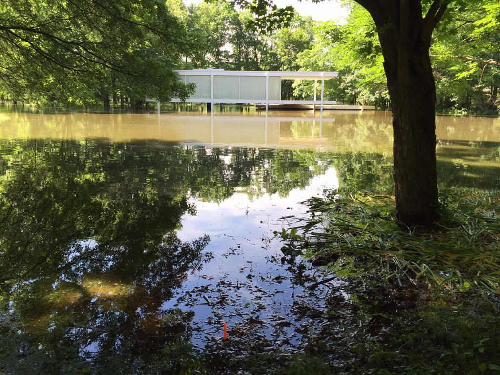floodwaters force farnsworth house closure chicago tribune
