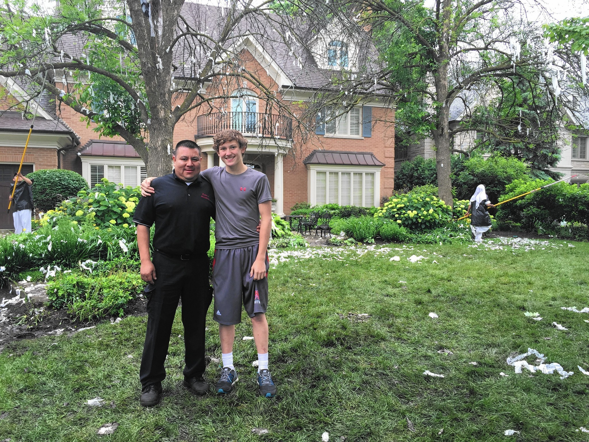 cleanup at coach joel quenneville u0027s house the doings hinsdale