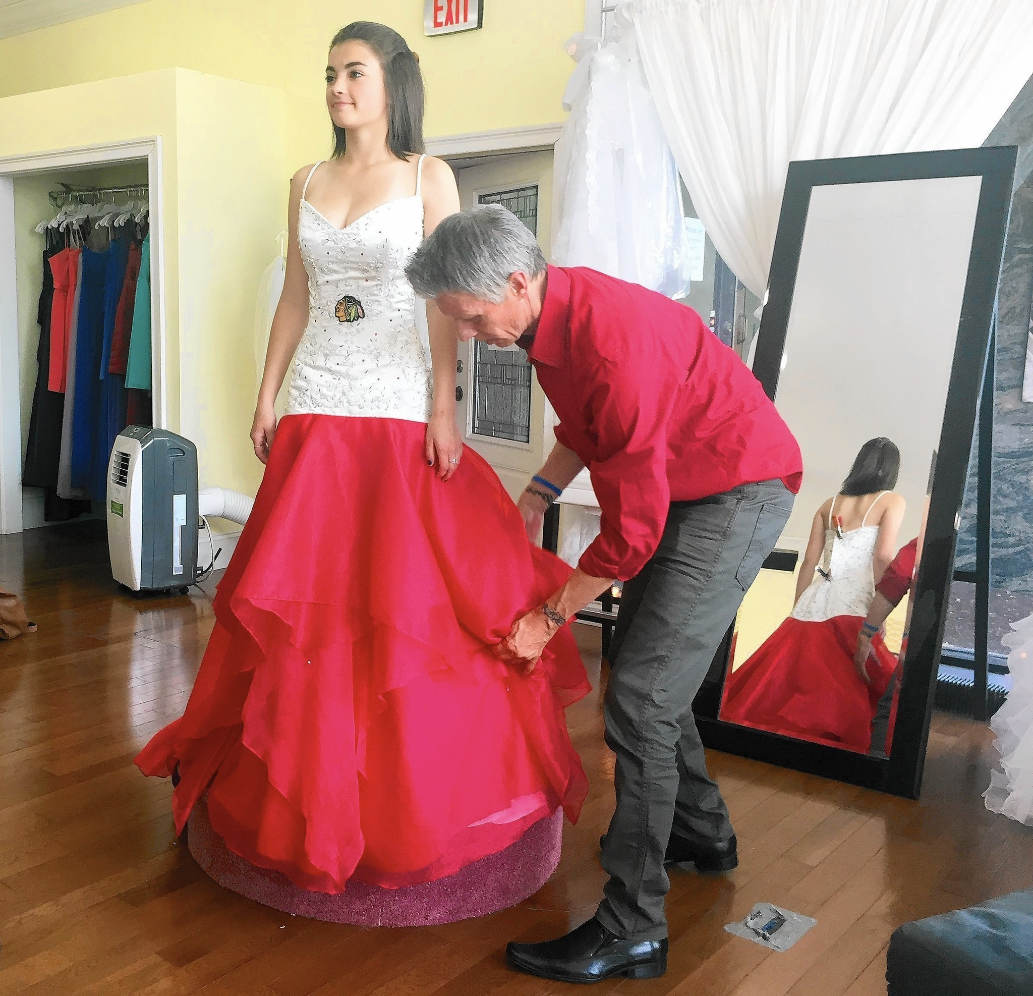 Designer creating new dress for Hawk fan\'s wedding by the Stanley ...