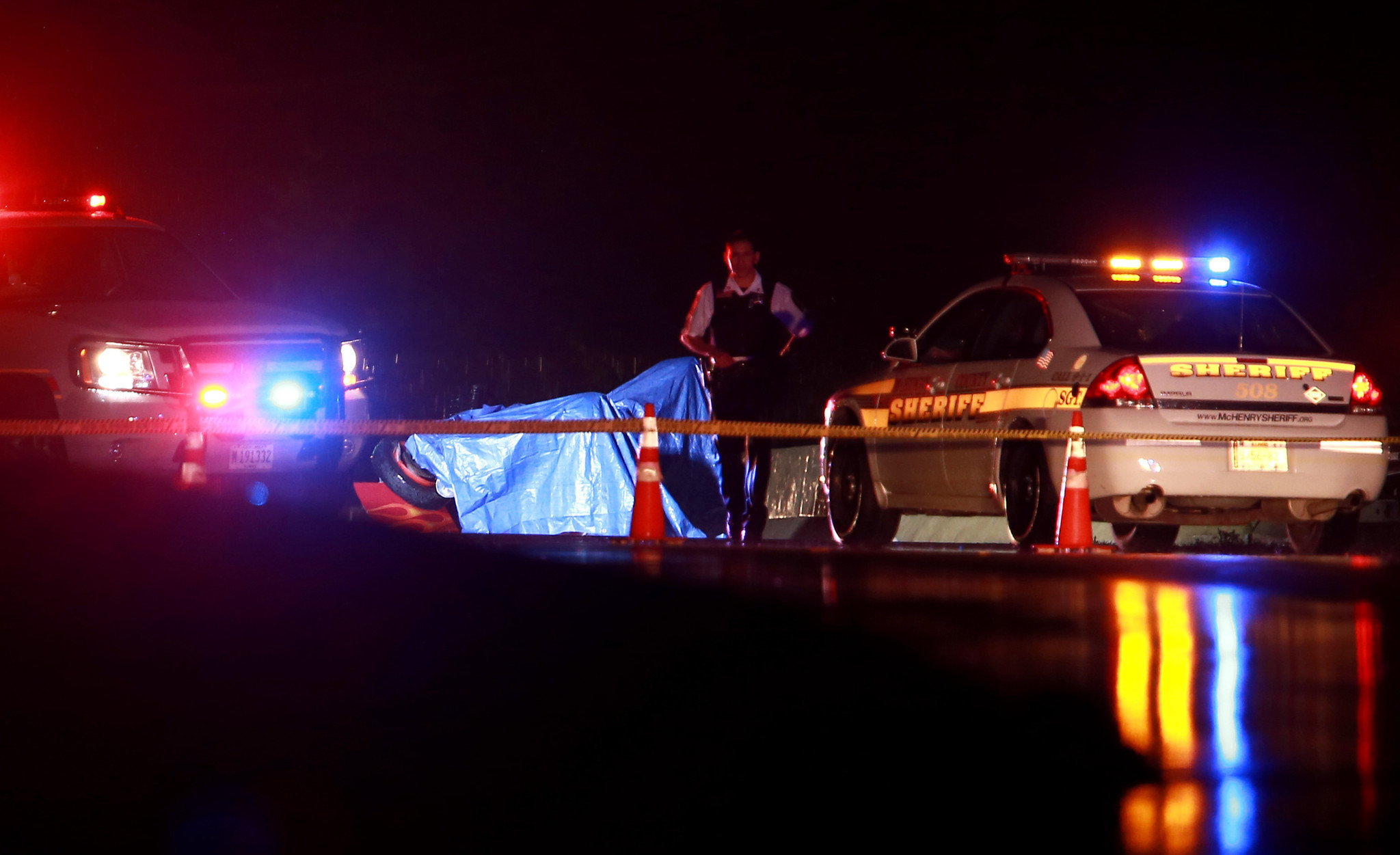 Man Killed In Car Crash In Mchenry County Chicago Tribune