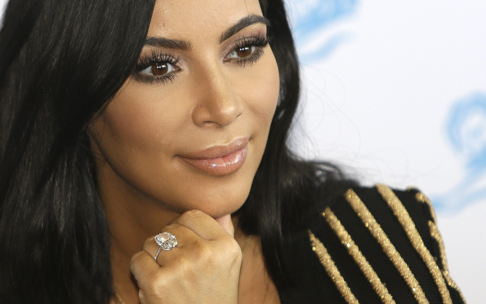 Kim Kardashian HD wallpapers,frame images,resim poster