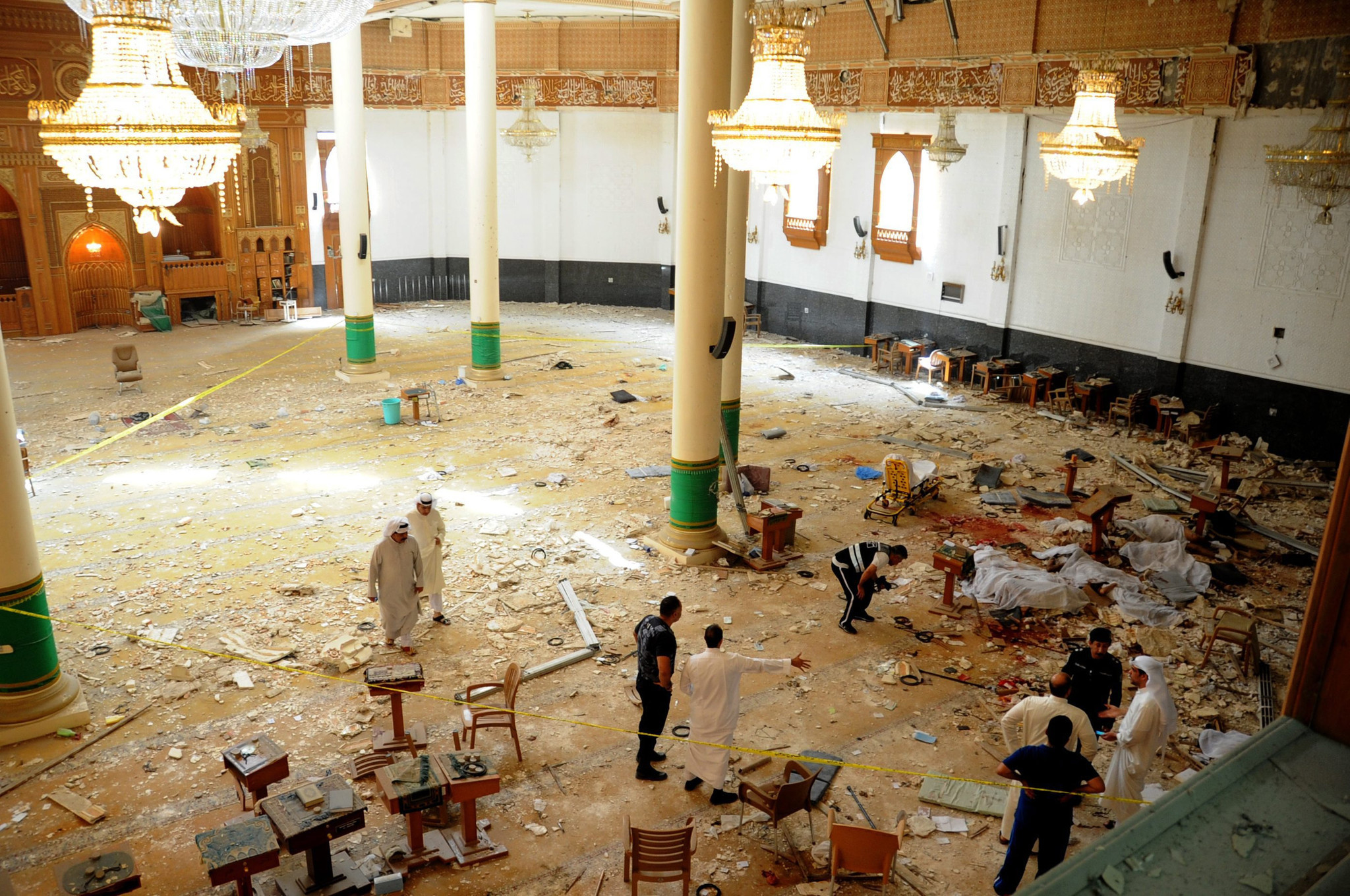 27 dead as Islamic State claims responsibility for blast at Shiite mosque in Kuwait