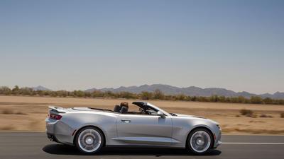 Chevy drops top on 2016 Camaro convertible