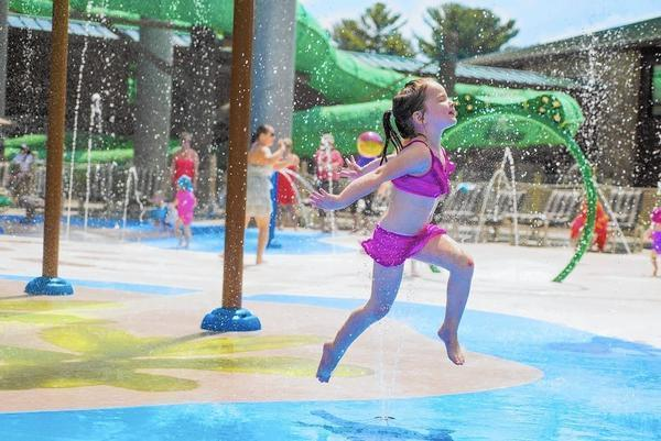 Best Outdoor Water Parks To Slide Into This Summer Chicago Tribune