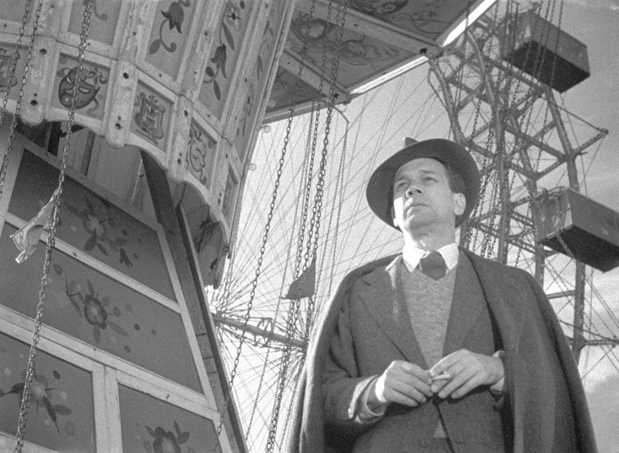 an analysis of the third man a thriller by carol reed Carol reed's thriller of conscience and betrayal returns, and postwar  the  third man theme made karas rich, and not even the dorked-up.