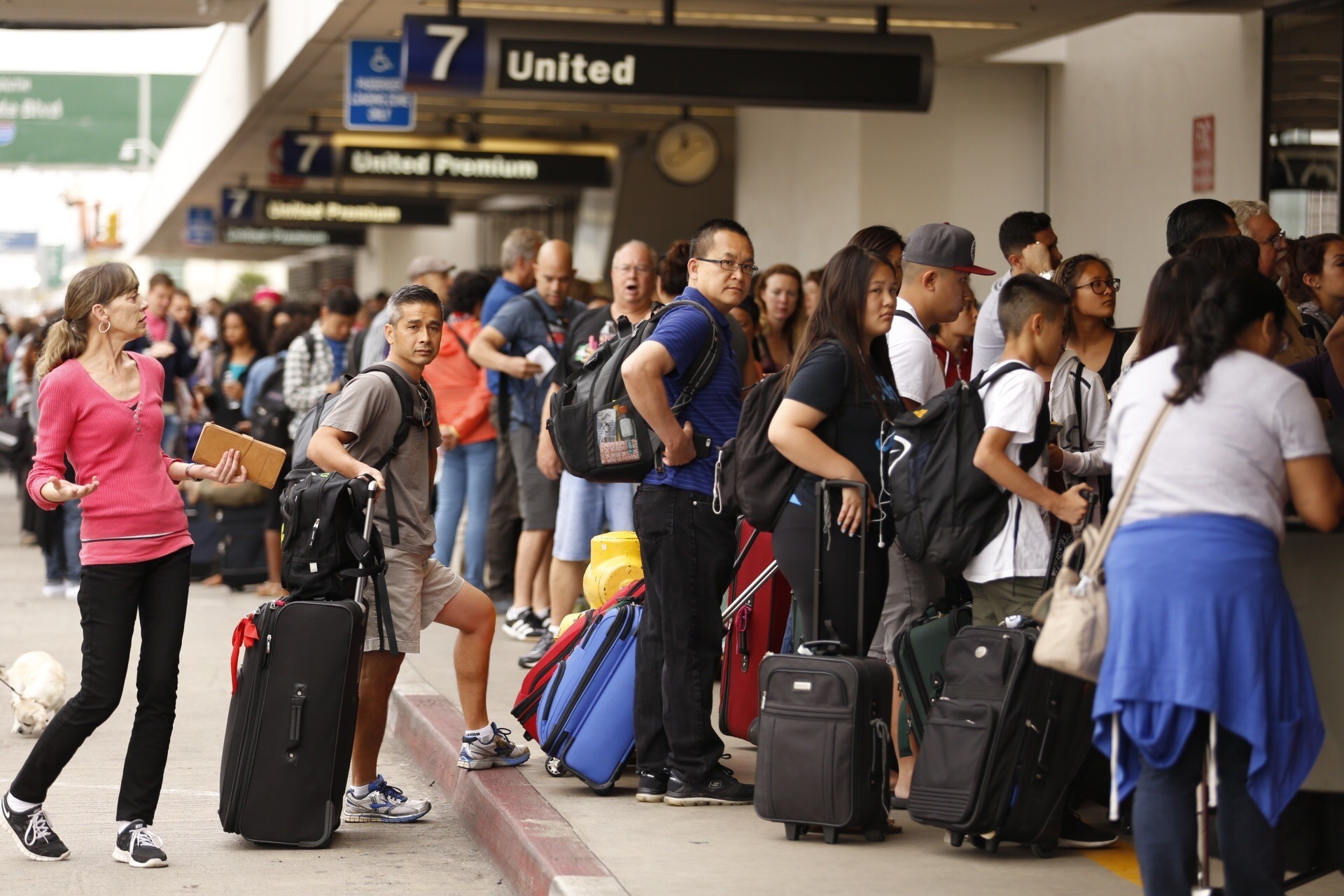 United Airlines Resumes Flights After IT Issue   ABC News CBS New York   CBS Local United Airways likely to resume operations soon