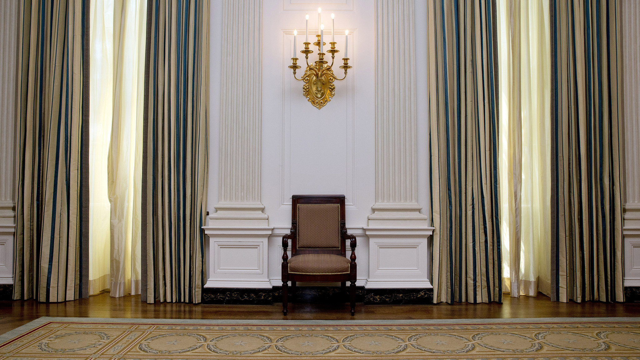 A 590000 Makeover For The White Houses State Dining Room