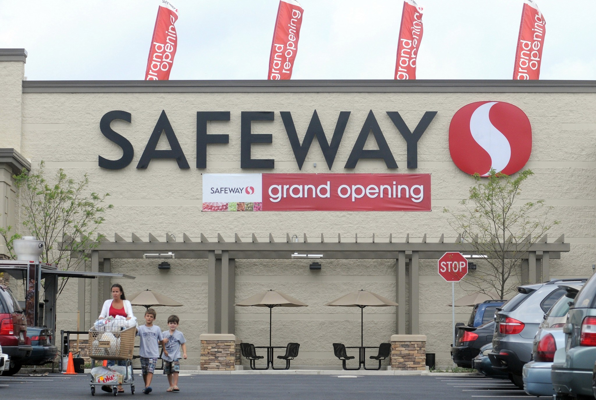 safeway plans to hire 1 600 in mid atlantic baltimore sun