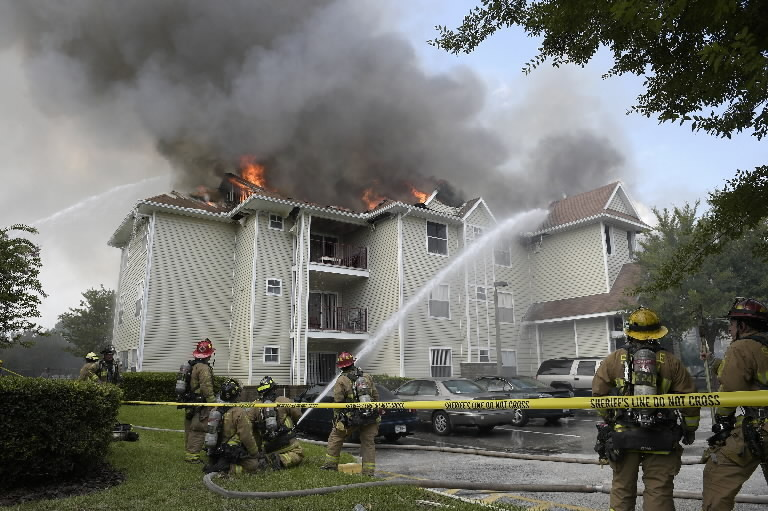 Apartment Fire Near Ucf Displaces 75 Residents Capital Math Wallpaper Golden Find Free HD for Desktop [pastnedes.tk]