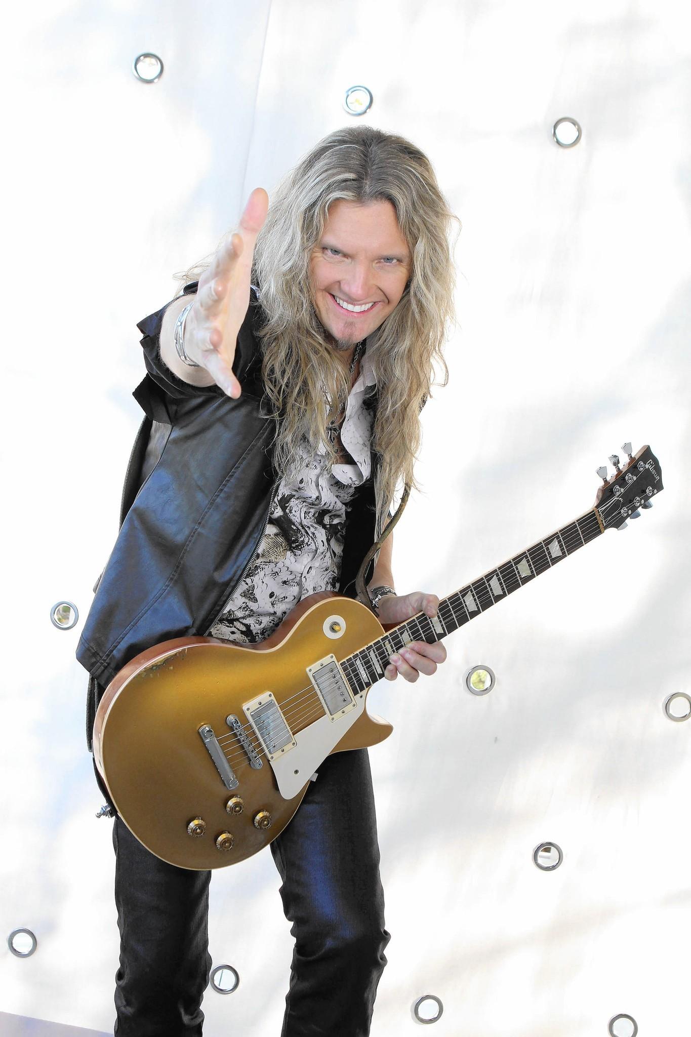 Local guy livens up Whitesnake shows - Aurora Beacon-News