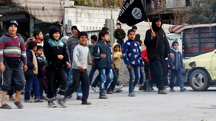Islamic State indoctrinating children